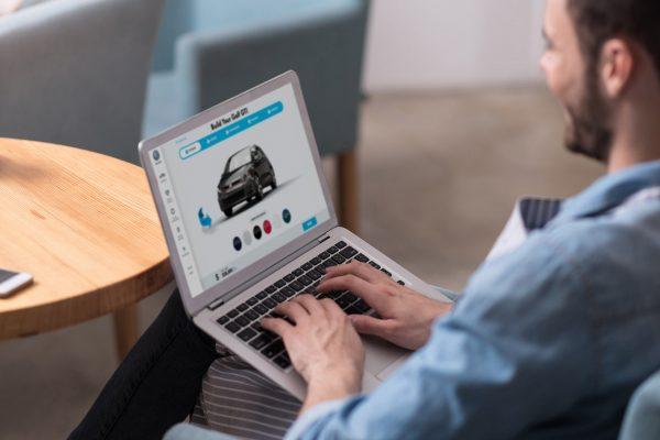 La experiencia del cliente en la automoción: revolucionando la venta de coches